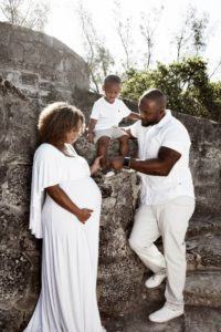 Top Spots for Maternity Photo Shoots in Miami and Tips to Enjoy Them