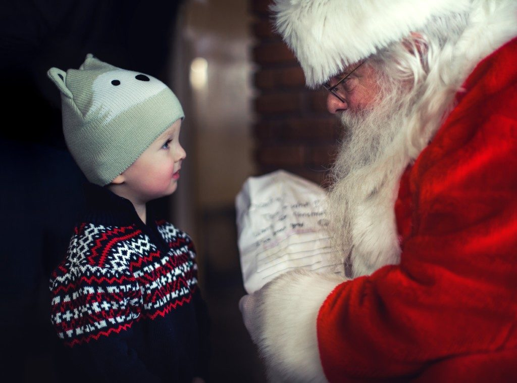 Visiting Santa: 5 Tips for Making it a Positive Experience Ann Ueno Contributor Miami Moms Blog