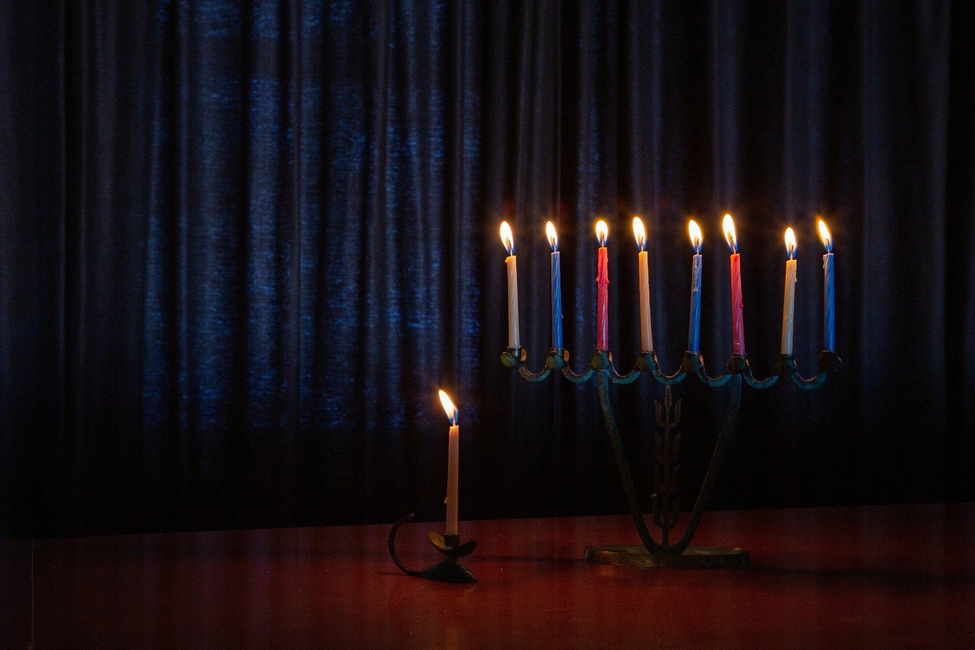 Celebrating Hanukkah: Helping my Kids Embrace & Enjoy our Traditions Elyssa Bloom Contributor Miami Moms Blog