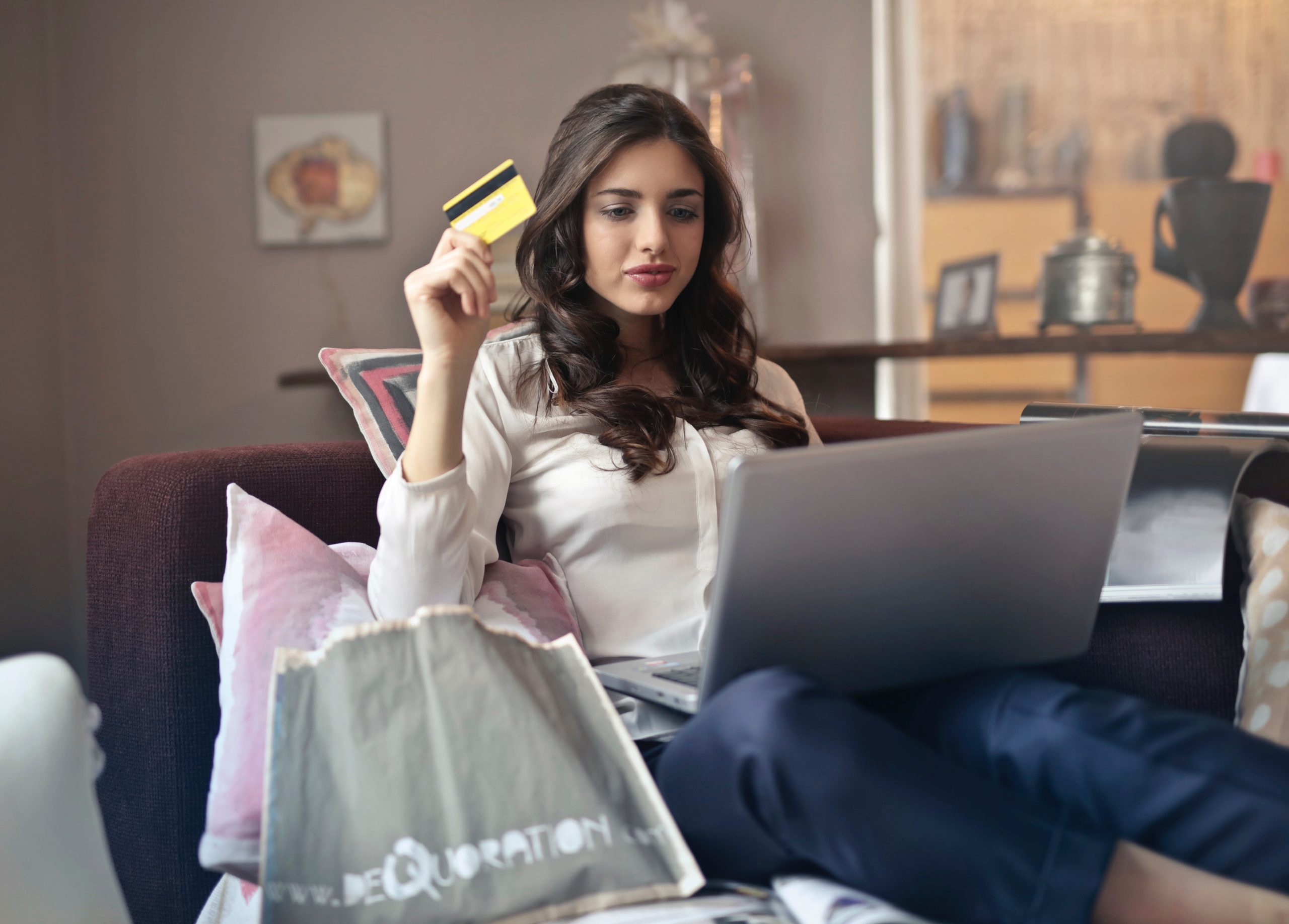 Credit Score: What's Yours? Tips on How to Raise It Minerva Roca Contributor Miami Moms Blog