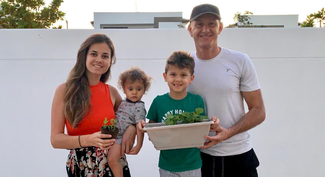 Horta caseira: atividade educativa e divertida para fazer com as crianças - Miami Moms Blog - Renata Brissi