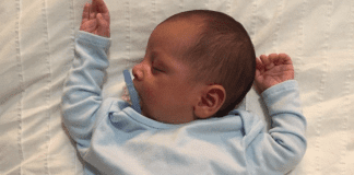 Cinco pasos para crear una rutina efectiva de sleep training Miami Mom Collective Karla Cabas
