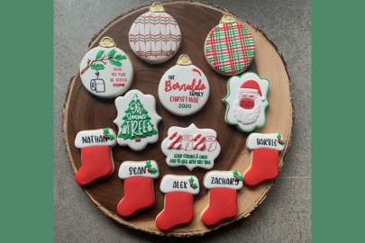 Miami Mom Collective Holiday Gift Guide table of sweets