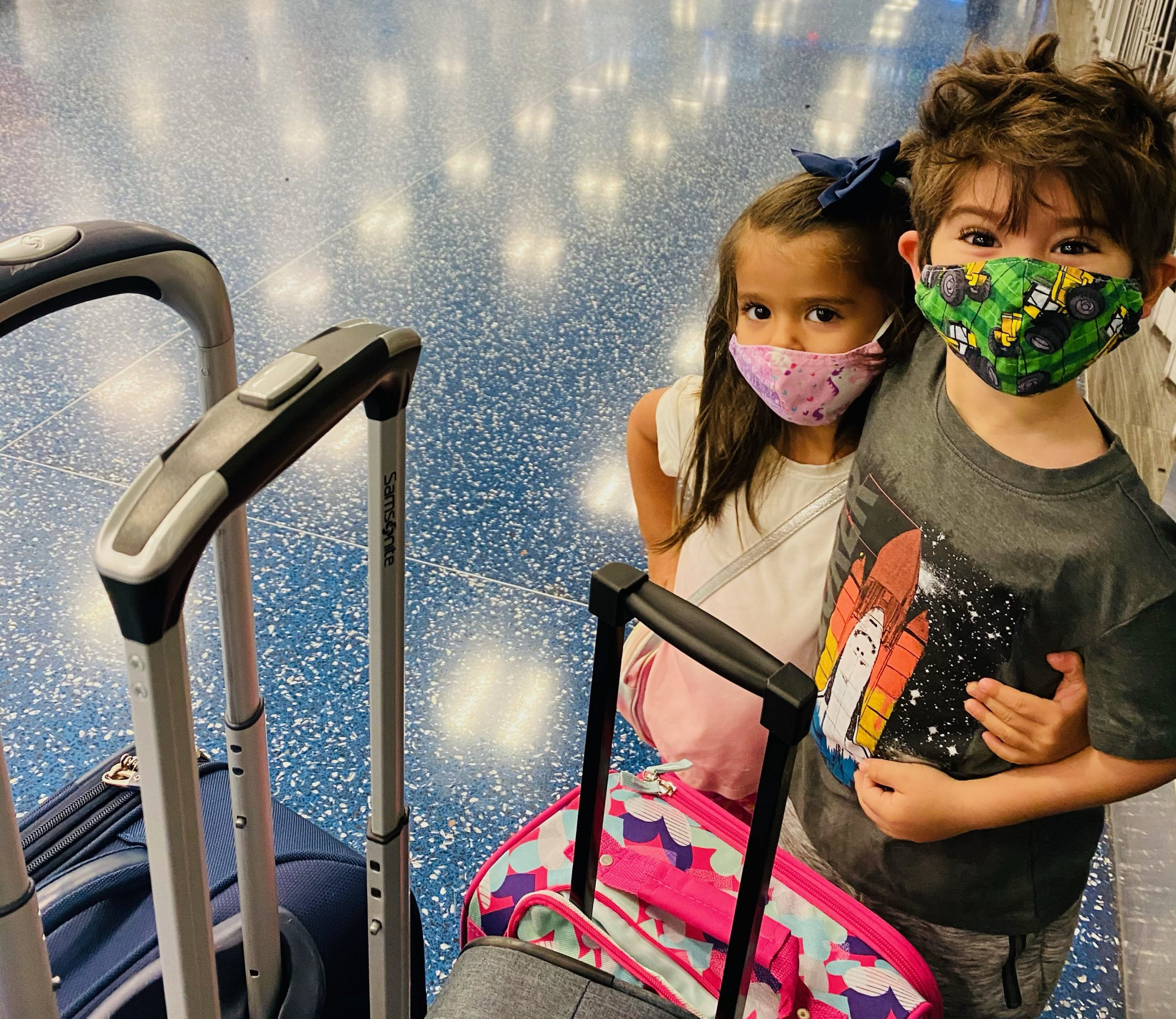 Safe Travel: Tips for Traveling Over the Holidays Valerie Barbosa Contributor Miami Mom Collective