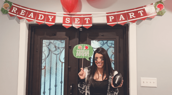 Ready to party! The Big Game: Quick Recipes and Tips for a Super Fun Day Ana-Sofia DuLaney Contributor Miami Mom Collective