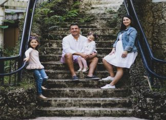 Aymee's family (Miami Mom Collective Welcomes MIA Mom Aymee Blanco Contributor)