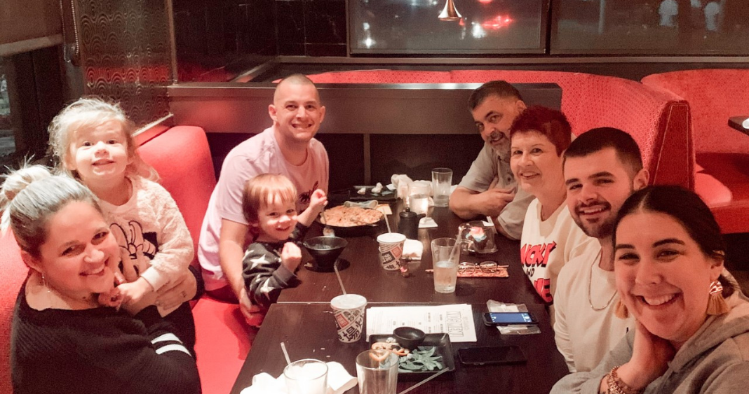 Farver family dinner (Family Mealtime is the Heart of the Home Holly Farver Contributor Miami Mom Collective)