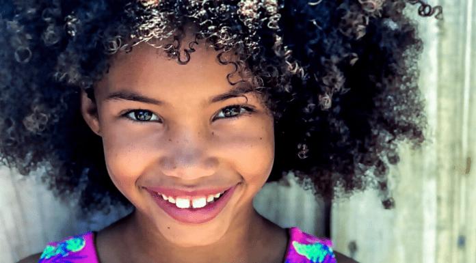 A little girl with a big smile (Dental Emergencies: Keep Calm & Call Dr. Bob Lynda Lantz Contributor Miami Mom Collective)