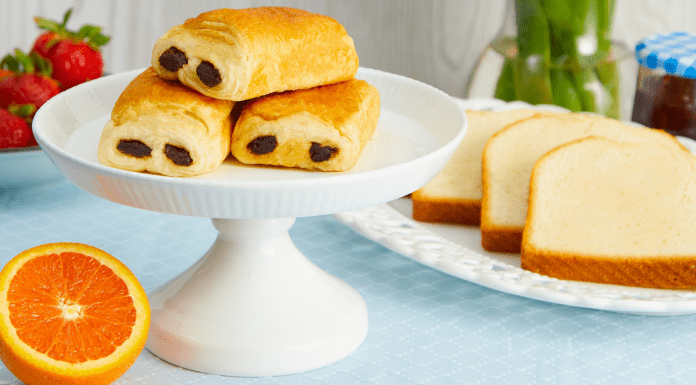 Host a Magnifique French-Inspired Mother's Day Brunch Bakerly