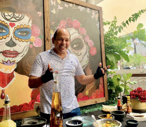 Miami Mom Collective Chef Ralph Pagano Naked Taco Bloom Event 2021