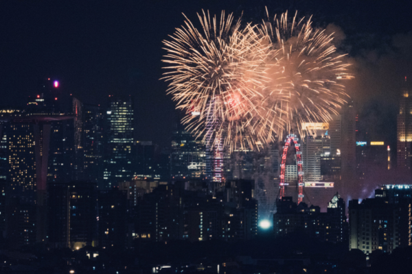 Fireworks over the city (Fireworks: What to Do and Where to See Them in Miami on the 4th of July Bella Behar Contributor Miami Mom Collective)