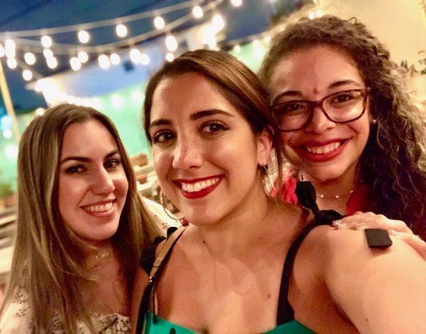 Summer Makeup Trends for Moms: Let it Glow Alexa Gonzalez Miami Mom Collective