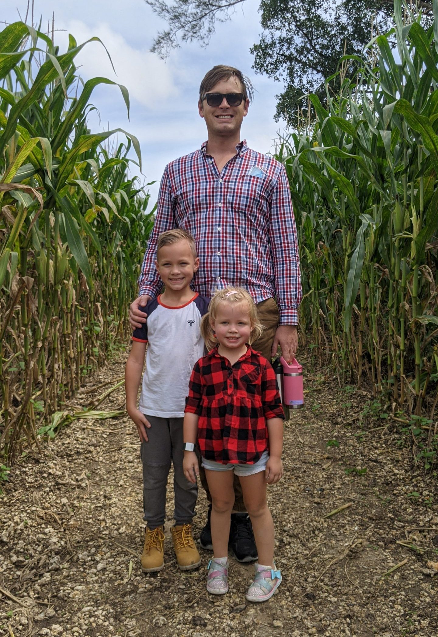 Rachel's husband and their children (Happy Father's Day: Never Forget How Amazing You Are! Rachel Hulsund Contributor Miami Mom Collective)