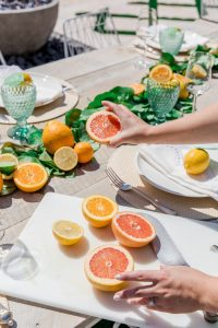 A beautiful citrus-themed table (Aymee Blanco Contributor Miami Mom Collective)