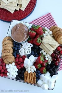 A red, white, and blue themed sweet charcuterie board (Aymee Blanco Contributor Miami Mom Collective)