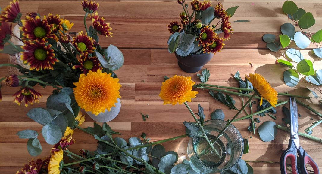 Image: Snips of fall flowers for a DIY arrangement (Get the Fall Feeling in Miami Rachel Hulsund Contributor Miami Mom Collective)